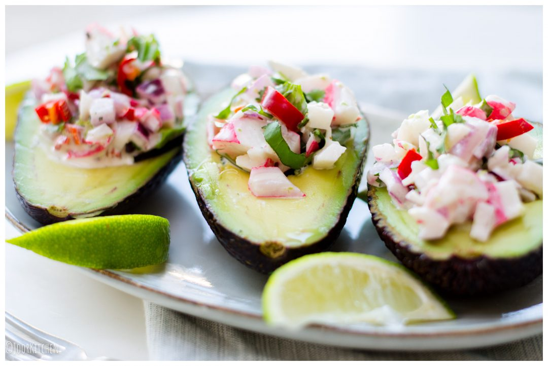 gevulde avocado met surimi