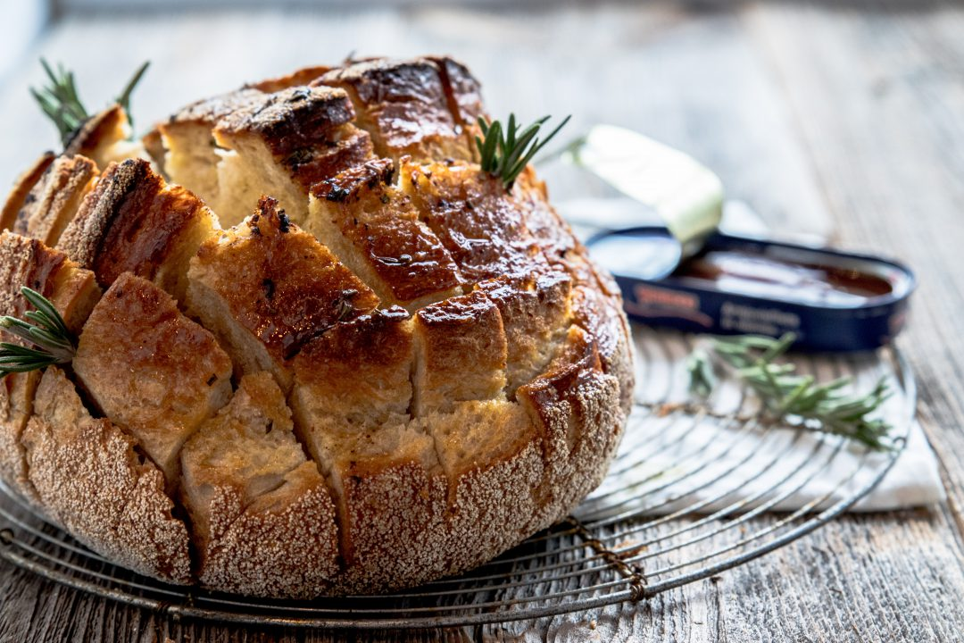 breekbrood met ansjovisolie